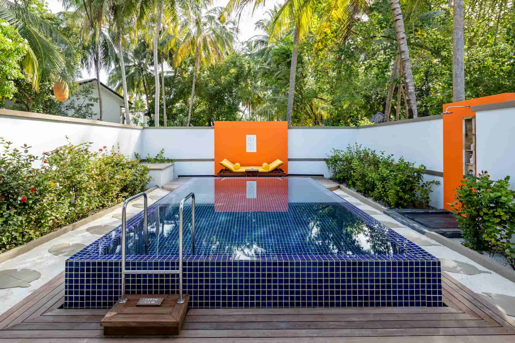 Angsana Velavaru resort Maldive velavaru villa