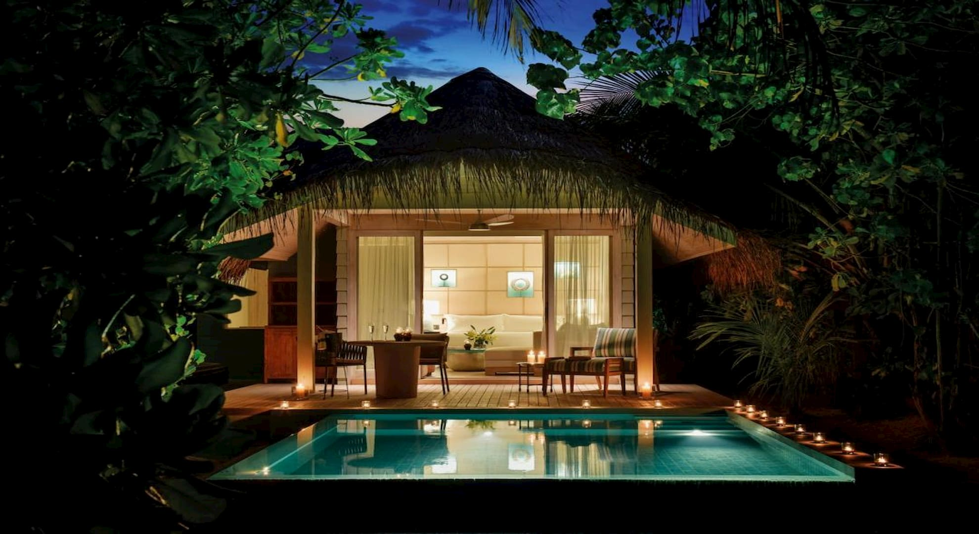 Resort Malidve Kanuhura beach pool villa