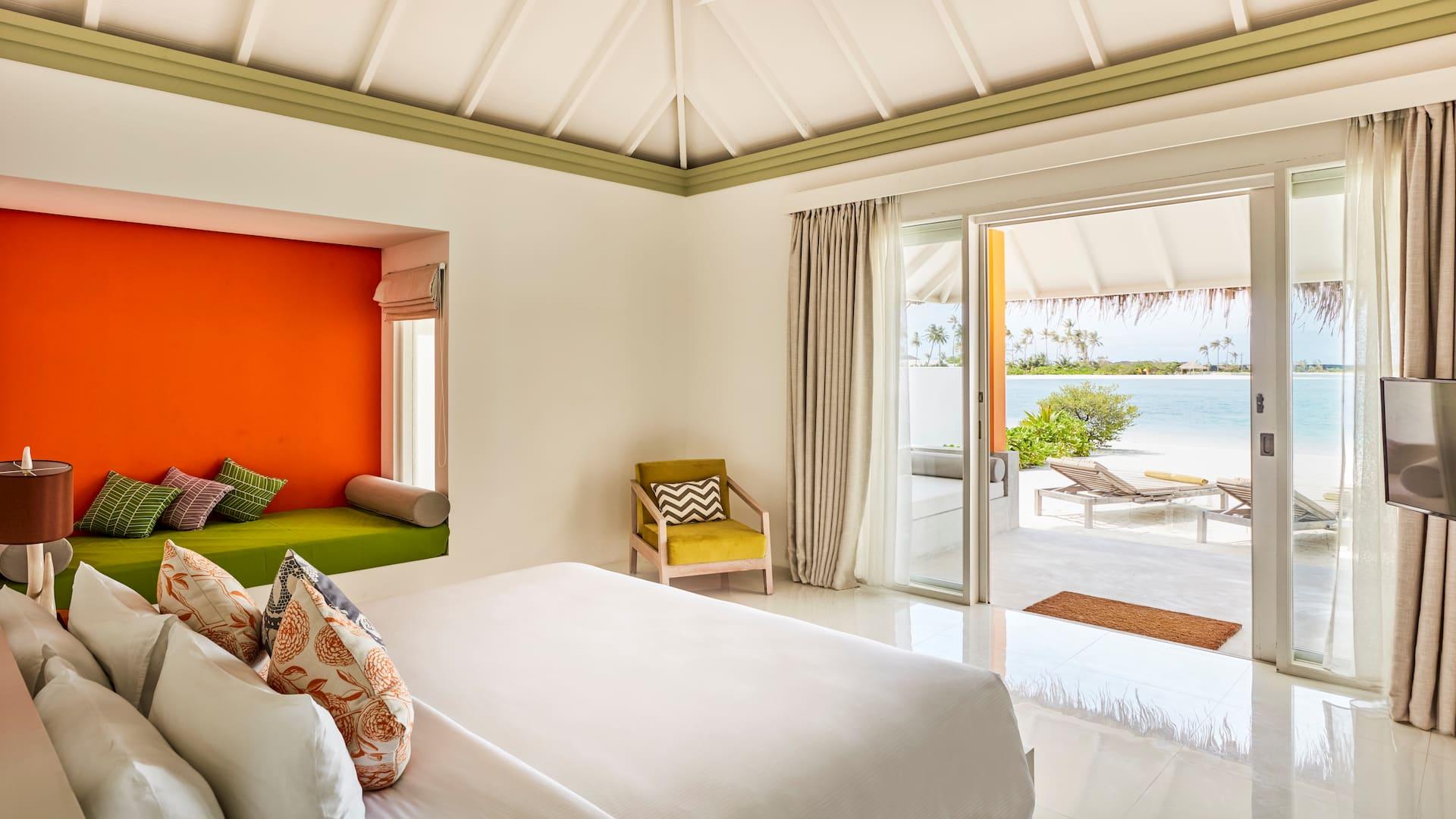 Resort Maldive Olhuveli Beach & Spa beach villa