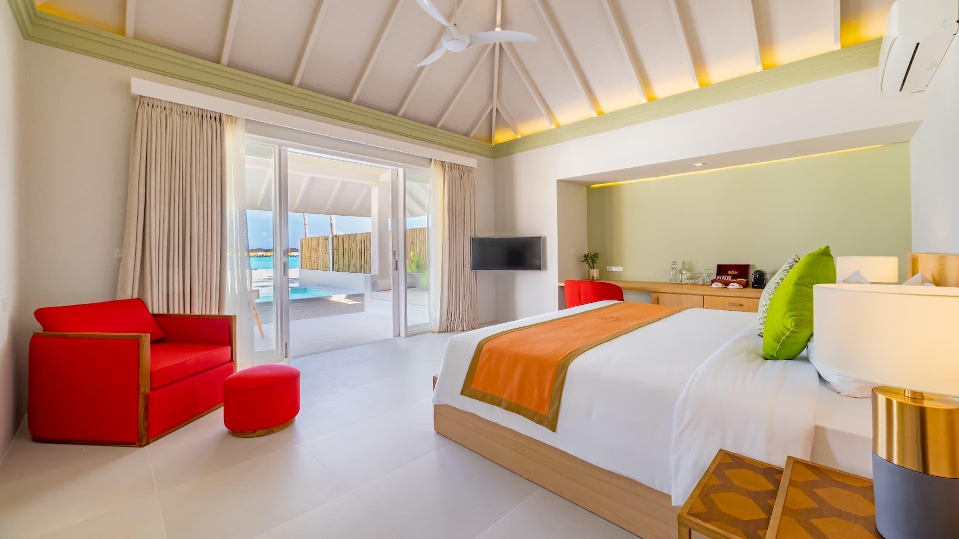 Resort Maldive Olhuveli Beach & Spa beach villa with Pool