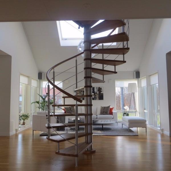 Zakuna I Spiral Staircases