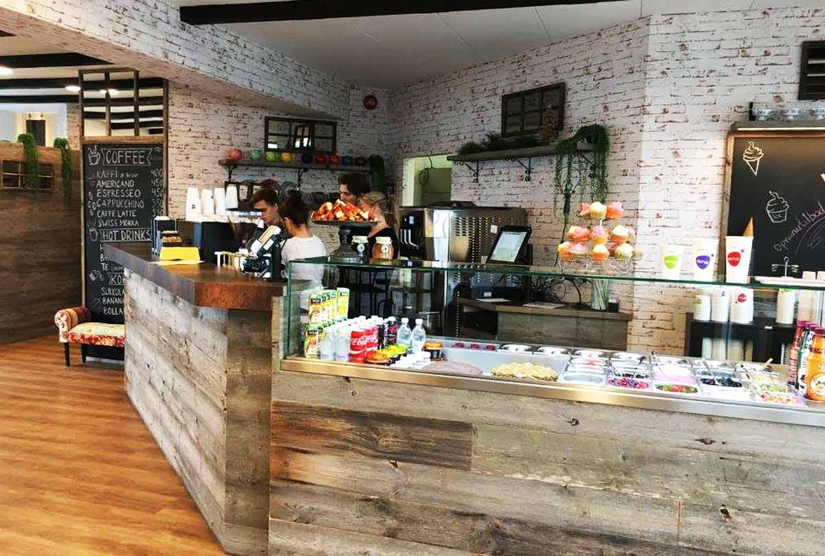 Arna icecream and coffee bar
