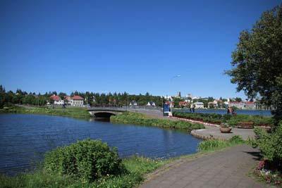 The Reykjavik pond