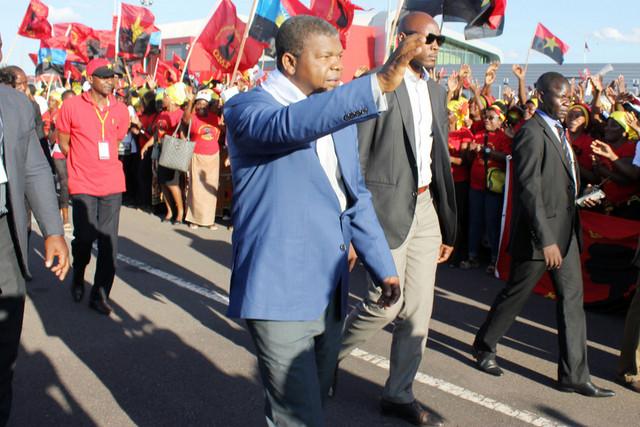 O MPLA, a Comunicação Social e a coberturaparcial da campanha eleitoral