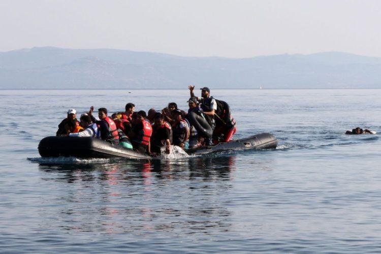 Traficantes forçam migrantes a lançarem-se ao mar no Iémen
