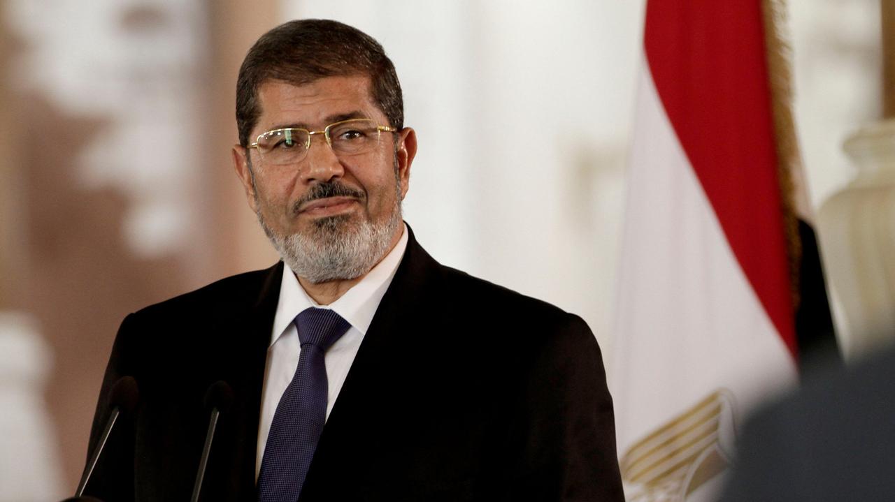 Egipto: Justiça egípcia confirma prisão perpétua para ex-presidente Mohamed Morsi