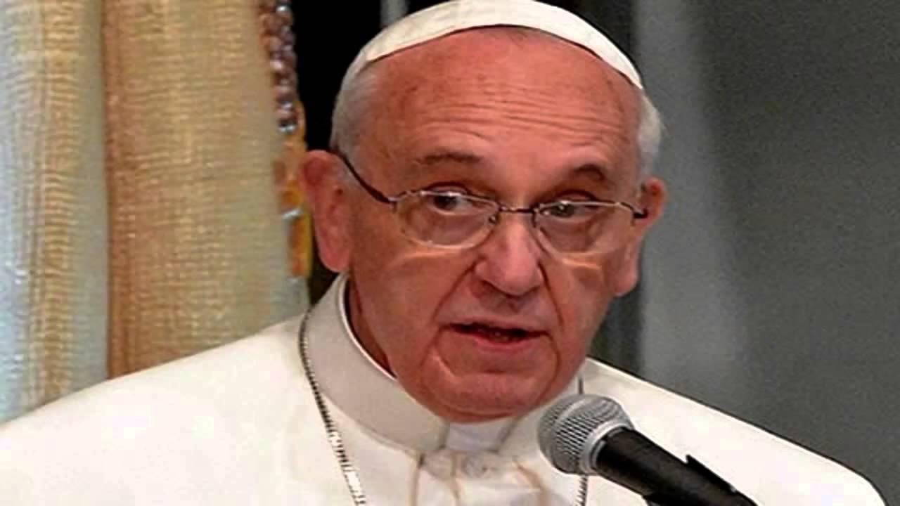 """""""Pessoas não devem viver de aparências"""", alerta Papa Francisco"""