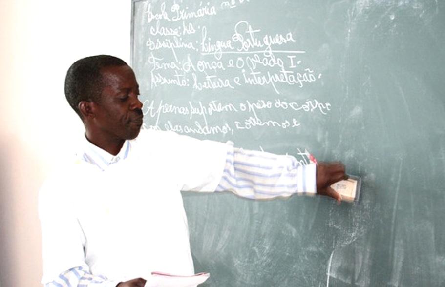 Docentes das escolas metodistas serão funcionários públicos