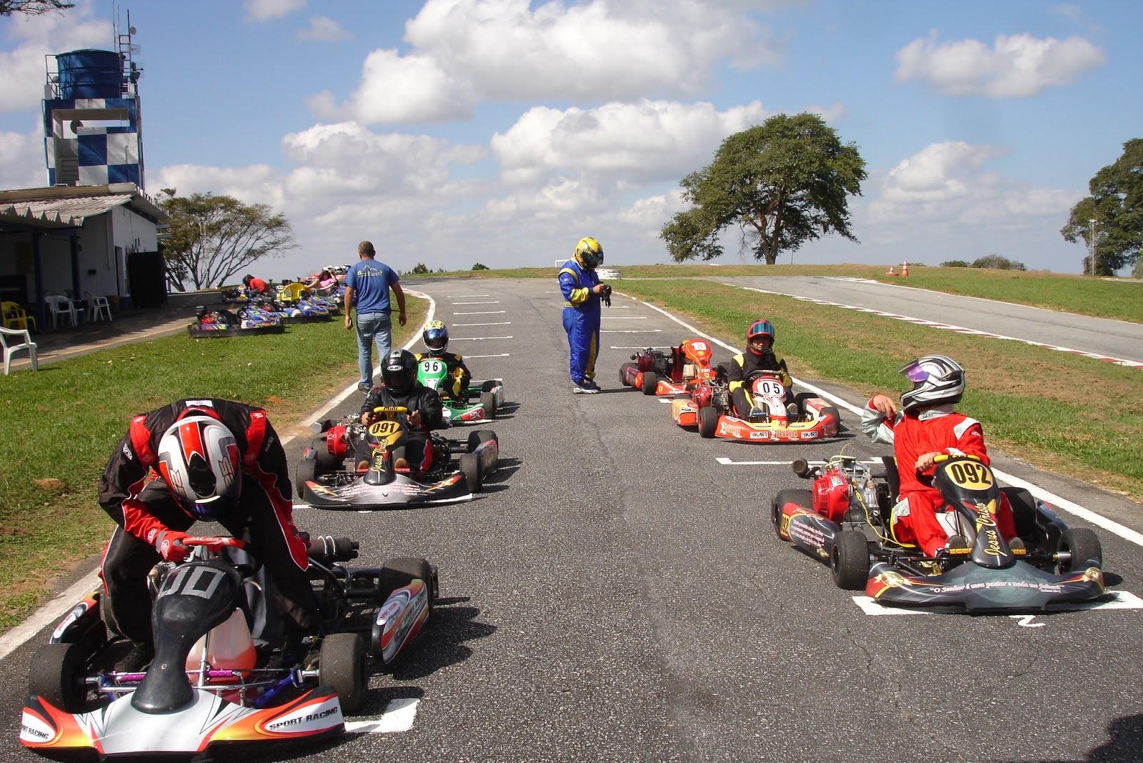 Prova de Karting é adiada por falta de condições