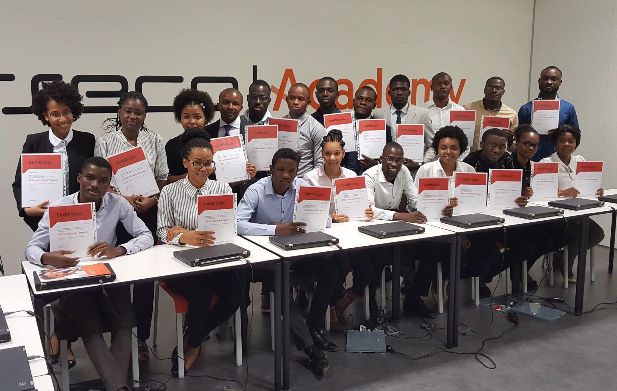 Especialistas são formados em tecnologias de informação na Asseco Academy
