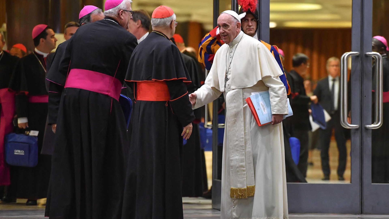 """""""Aborto é semelhante a contratar assassino para resolver um problema"""", condena Papa Francisco"""
