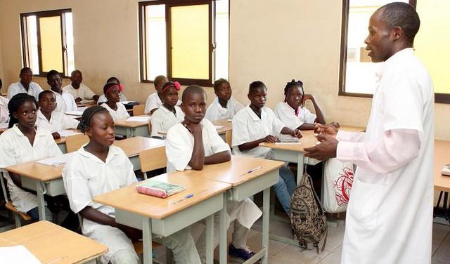 Encarregados de educação exortados a participar activamente na preservação das escolas
