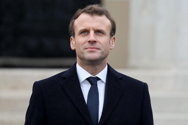 Emmanuel Macron anuncia aumento de 100 euros no salário mínimo a partir de Janeiro de 2019