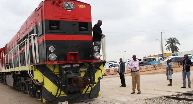 População transtornada com a greve dos trabalhadores ferroviários