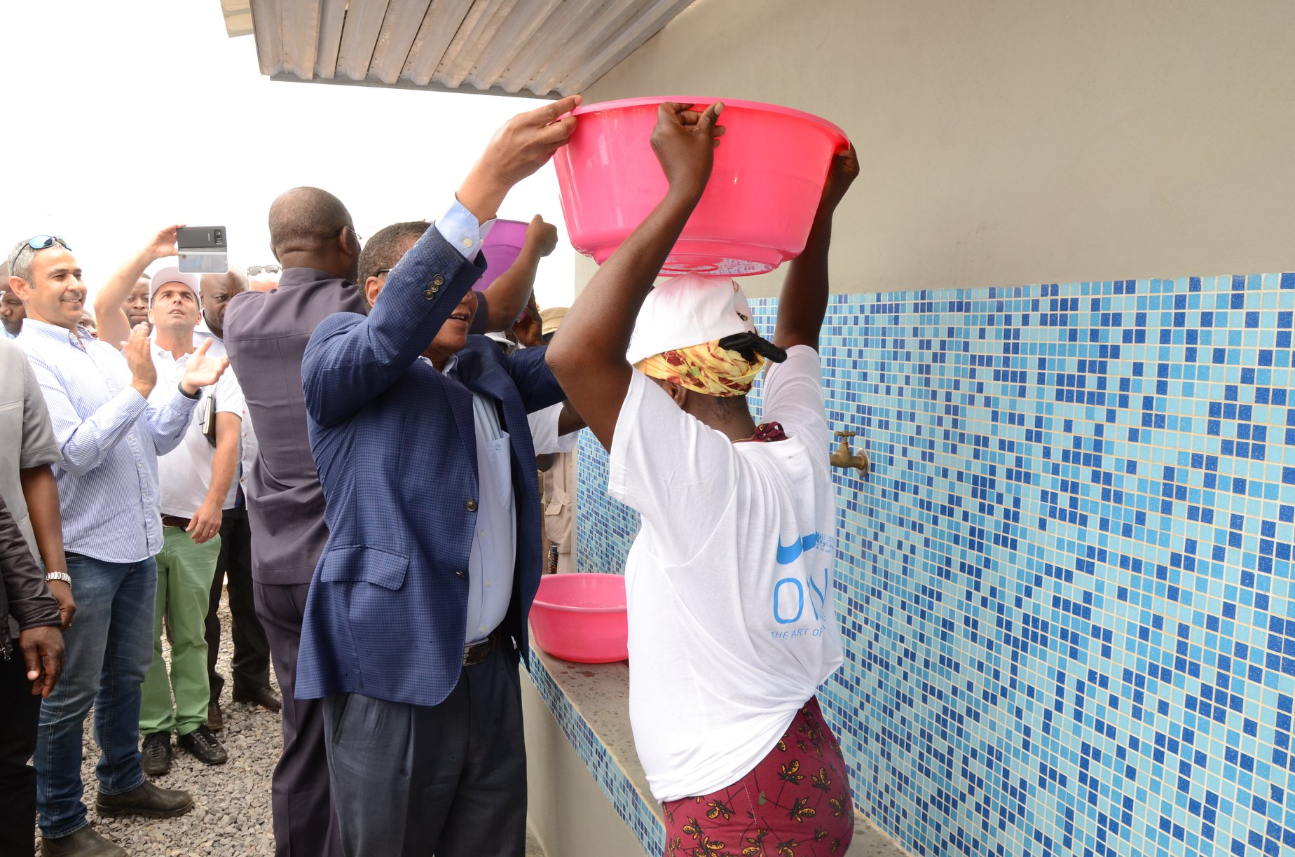 Malanje: Aldeia de Gonga Izambo beneficia de água potável