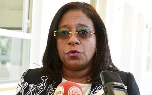 Angola possui investimento débil na produção científica, informa ministra