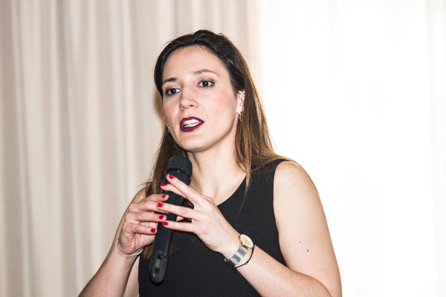 """""""As pessoas podem controlar a forma como comunicam"""", afirma oradora Inês Moura"""