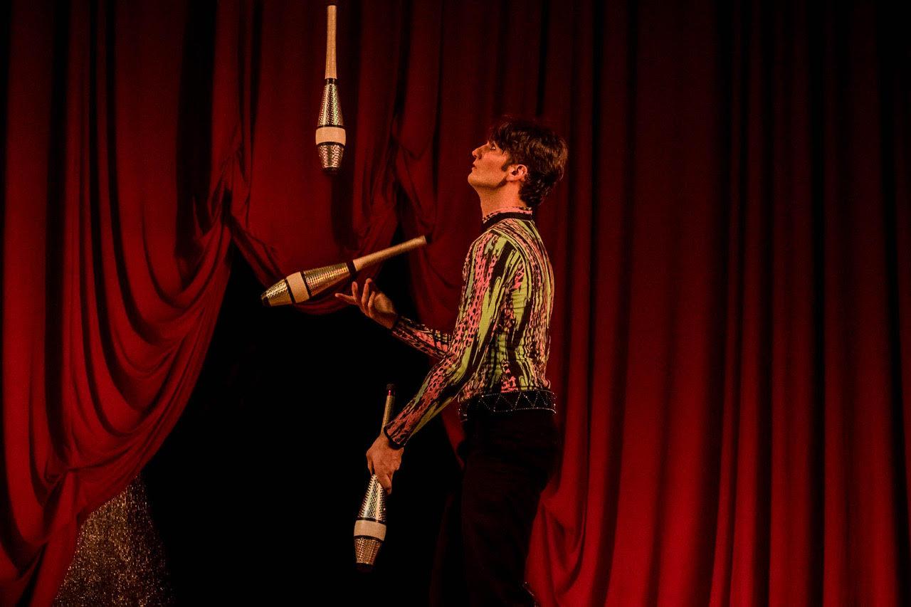 Companhia apresenta espectáculo de circo em Luanda