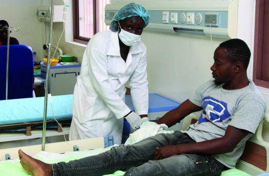 Presidente afirma que se precisa trabalhar para que o esforço dos enfermeiros seja valorizado e compensado