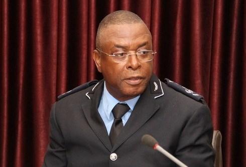 Polícia Nacional deve adequar-se ao actual contexto político, observa Paulo de Almeida