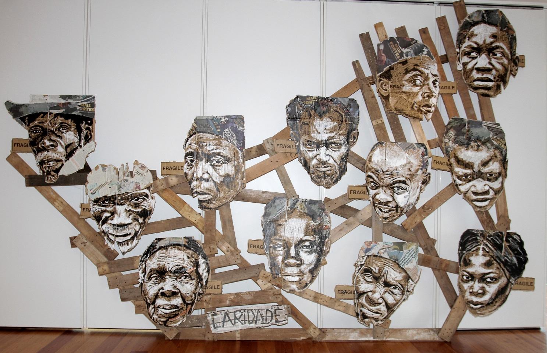 Exposição coloca em diálogo 16 artistas contemporâneos internacionais