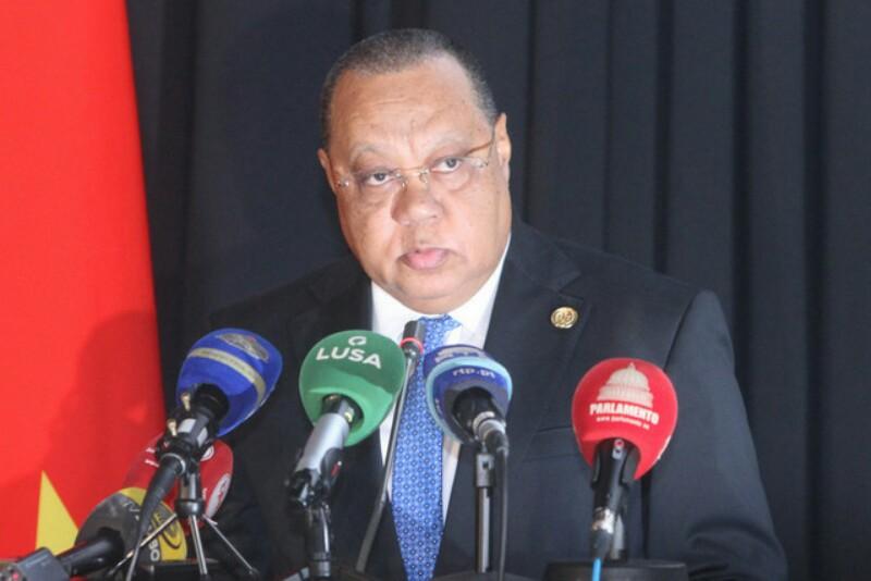 Procurador-Geral admite possibilidade de se emitir mandado de captura contra Isabel dos Santos