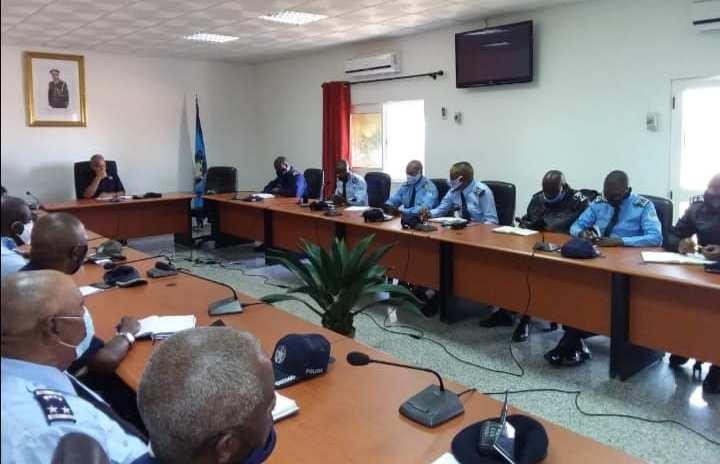 Comandante provincial do Namibe felicita trabalhos policiais realizados na 1ª semana da Situação de Calamidade