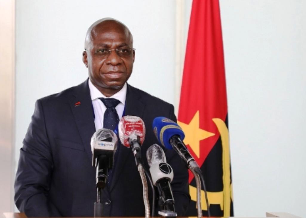 Executivo defende inserção de quadros angolanos nas organizações internacionais