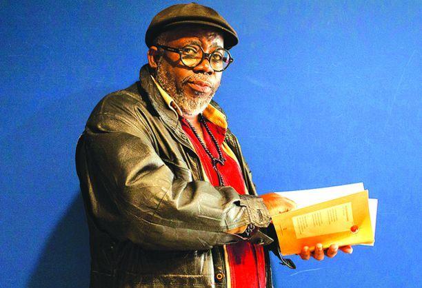 Lupito Feijóo lança obra em homenagem à mulher africana