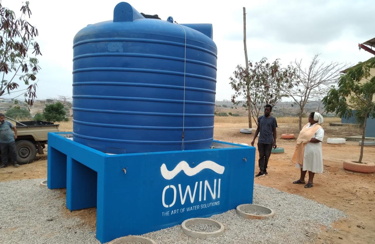 Covid-19: Owini oferece cisternas de água a dez escolas do Cazenga e Cacuaco