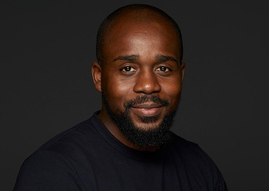 """""""O empreendedorismo em Angola acaba sendo uma actividade política de curto prazo"""", afirmou Mauro Sérgio"""