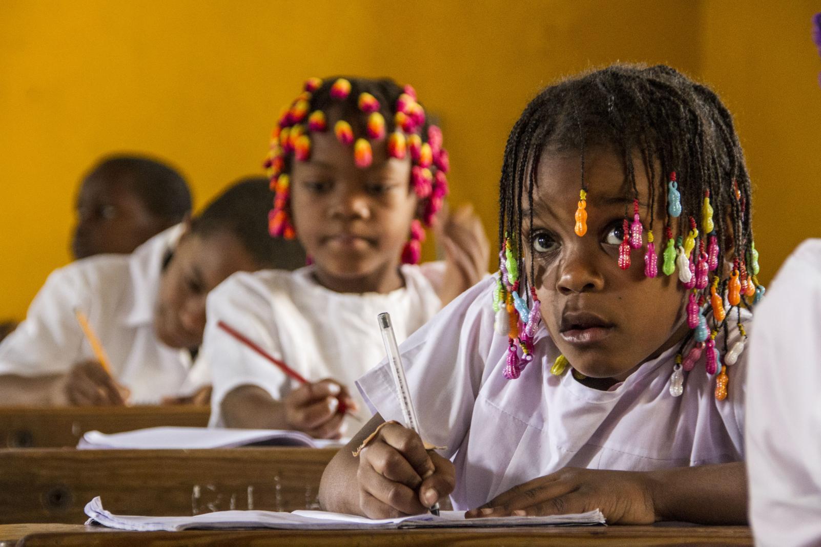 Campanha fiscaliza condições das escolas no regresso às aulas