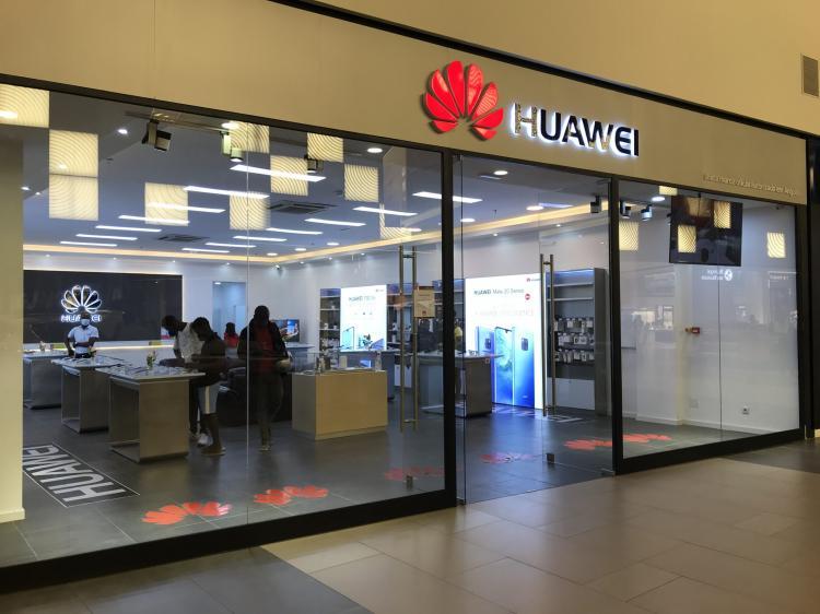 Vendas da Huawei crescem 3,8% em 2020