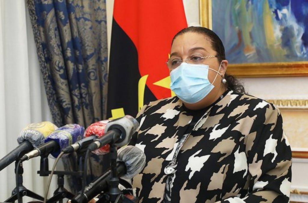 Ministra afirma que o PAPE está a ser implementado de forma prudente