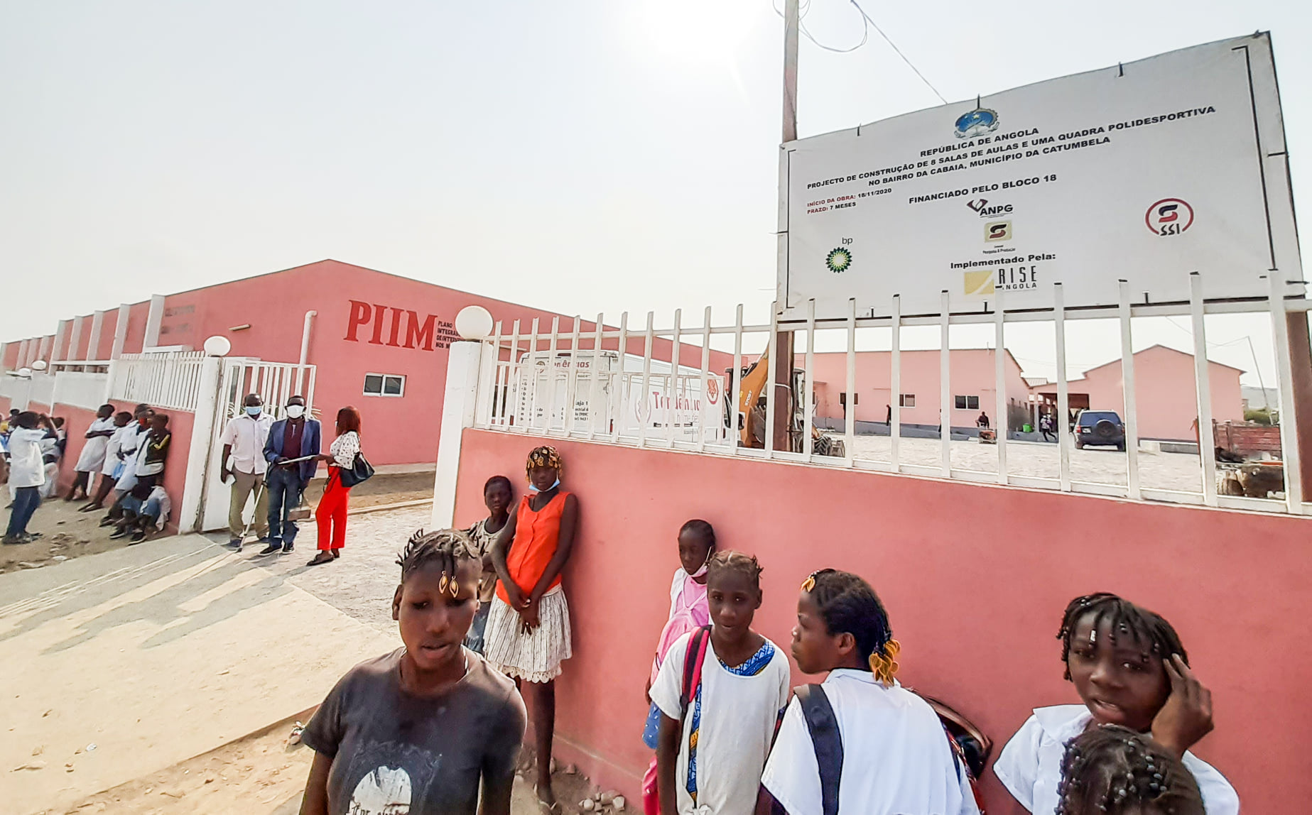 "Projecto escolar demonstra que ""petrolíferas podem contribuir para o desenvolvimento das comunidades"""