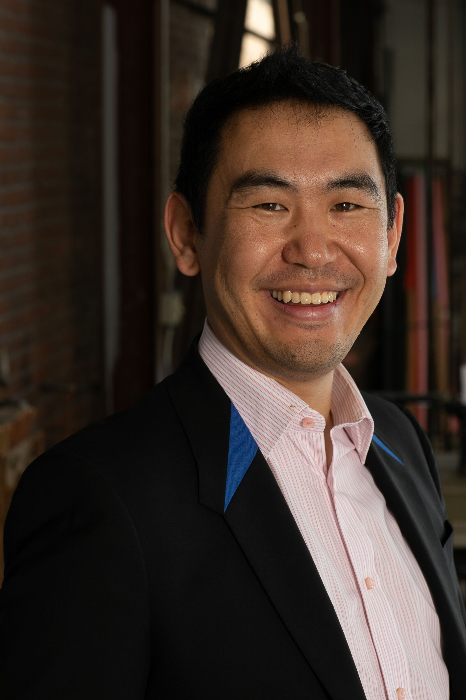 Leonard Kim Headshot