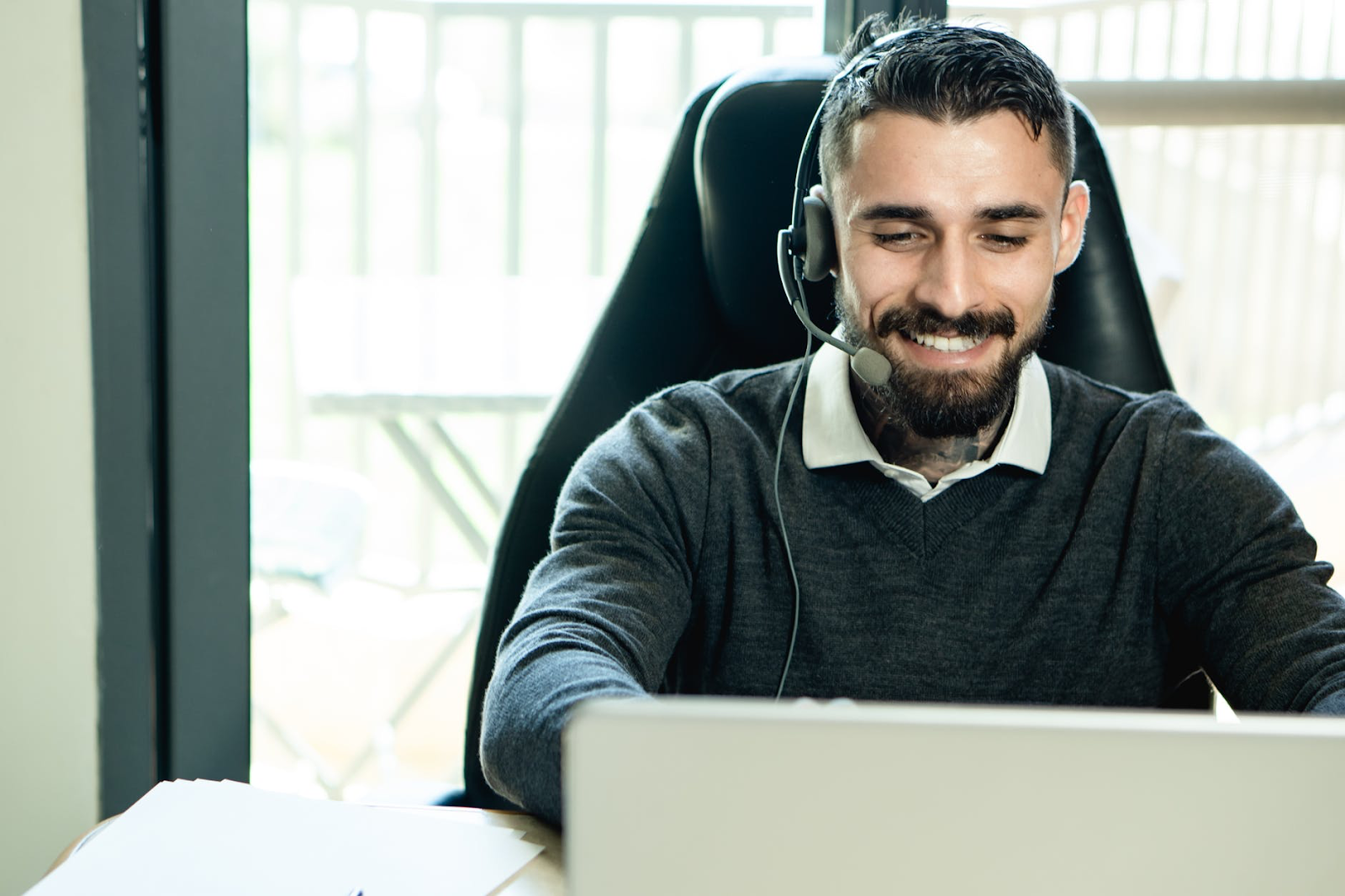 A simple follow up can improve customer support ratings.
