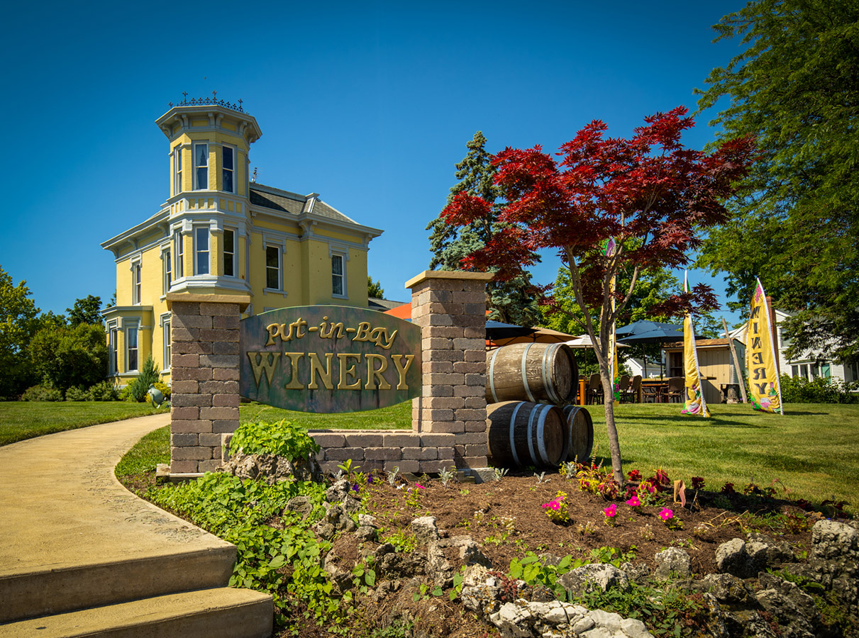 Put-in-Bay Winery exterior & front sign