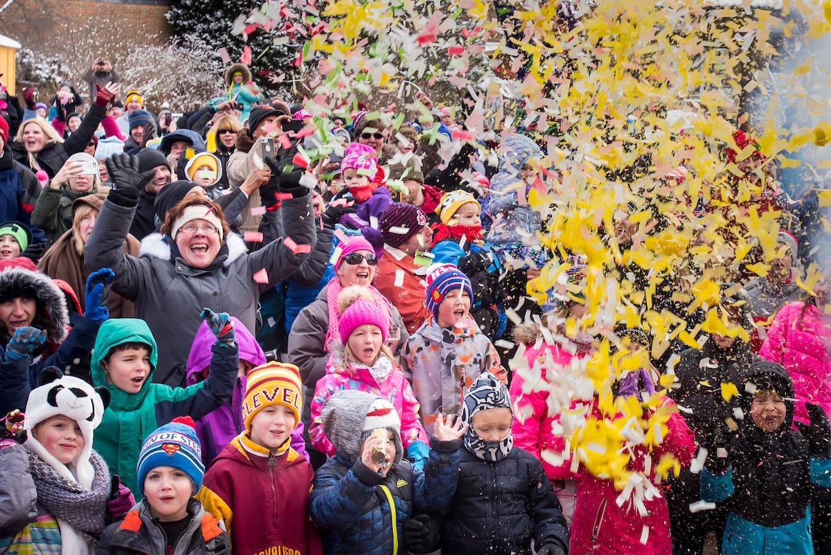 people celebrating at Noon Years Eve at Cleveland Metropark Zoo