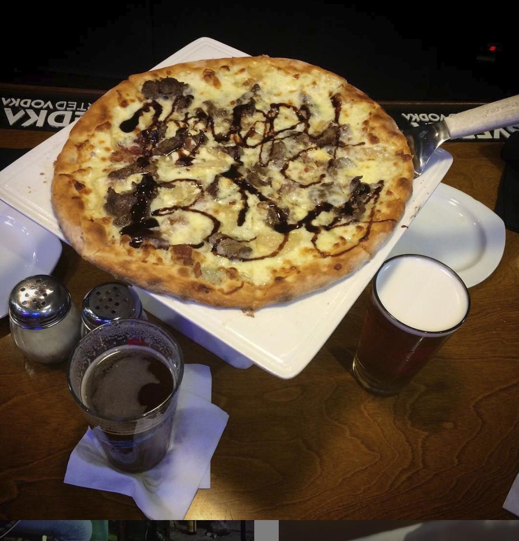 Mushroom and balsamic vinaigrette pizza