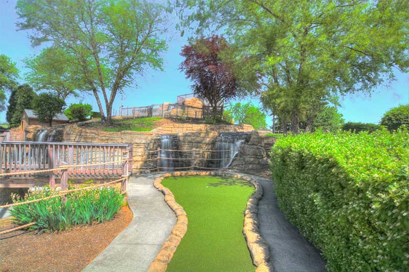 Fairfield Fun Center Mini Golf Course