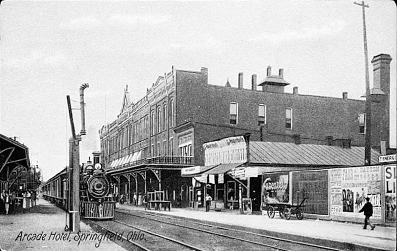 Arcade Hotel in 1920 Springfield