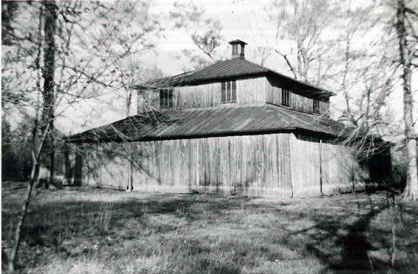 Old pickerington barn