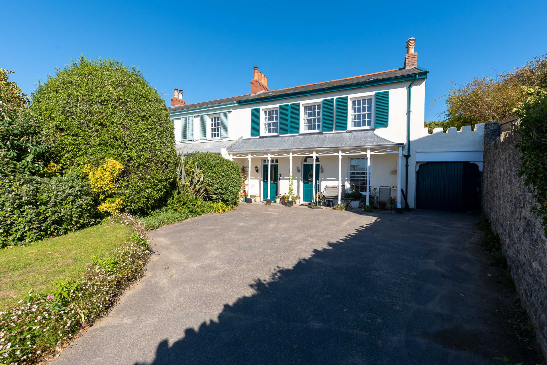 Lower Instow Beach Cottage