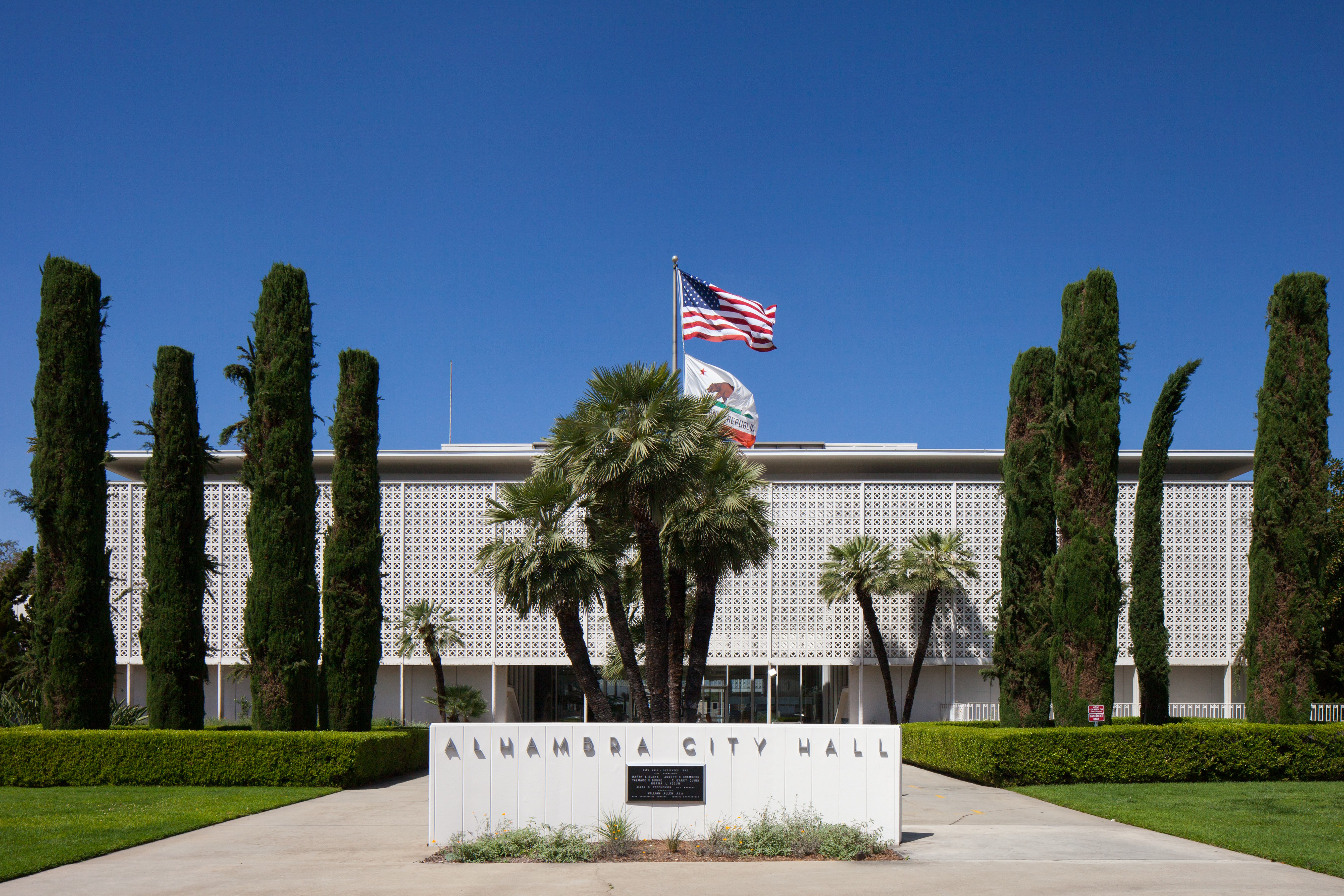 Photo of entrance to Alhambra City Hall