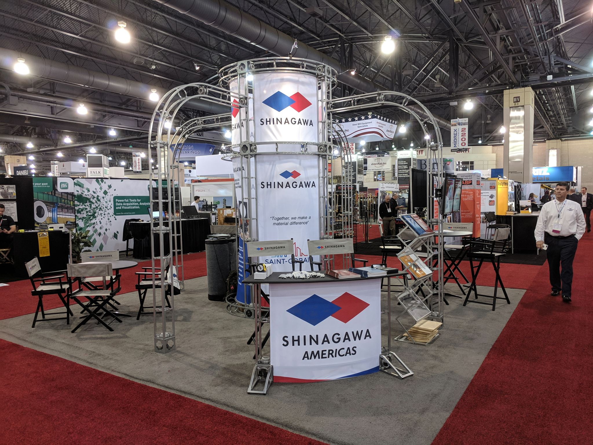 20' x 20' island booth example from Shinagawa