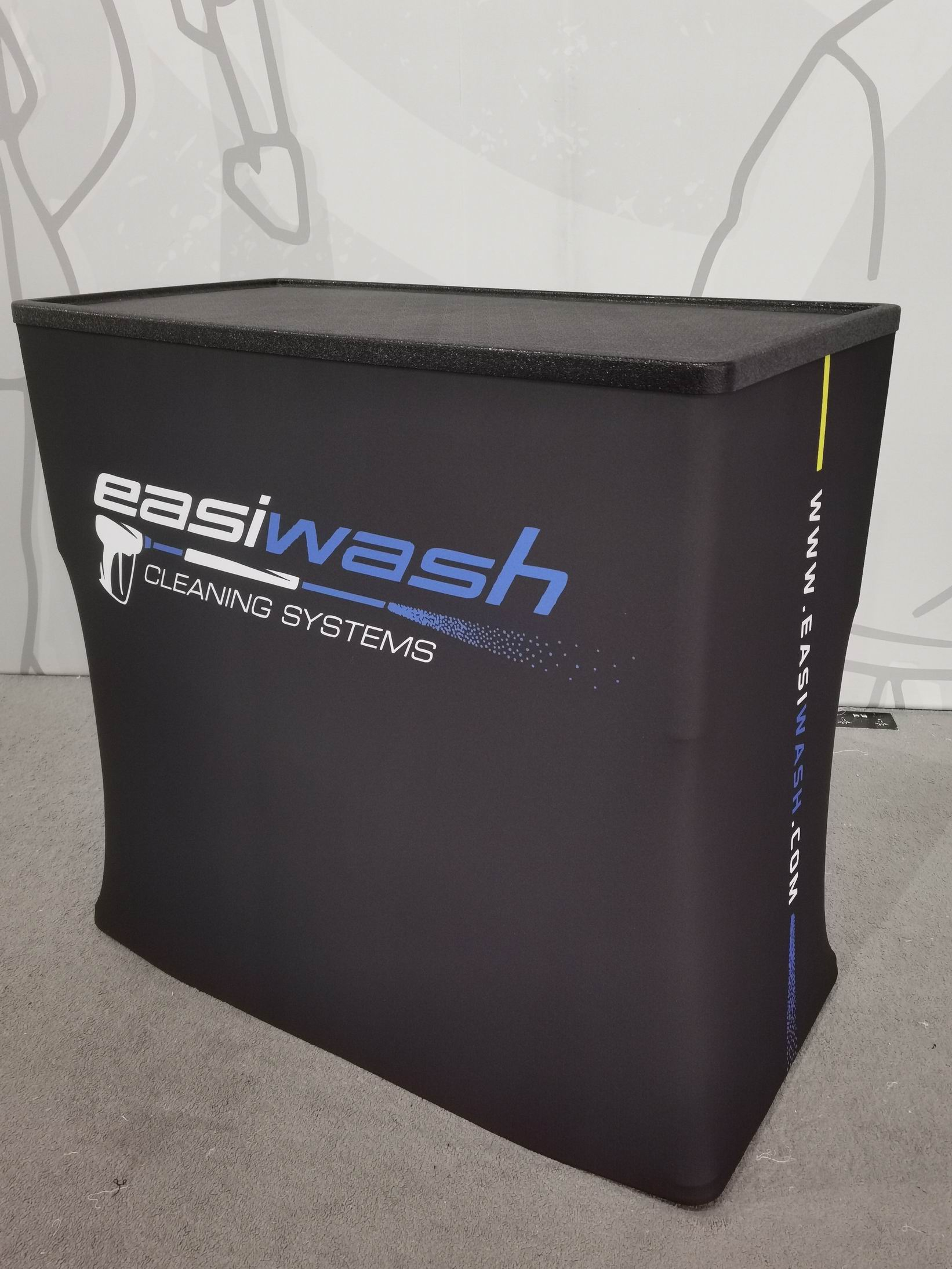 CA600 hard shipping case production photo