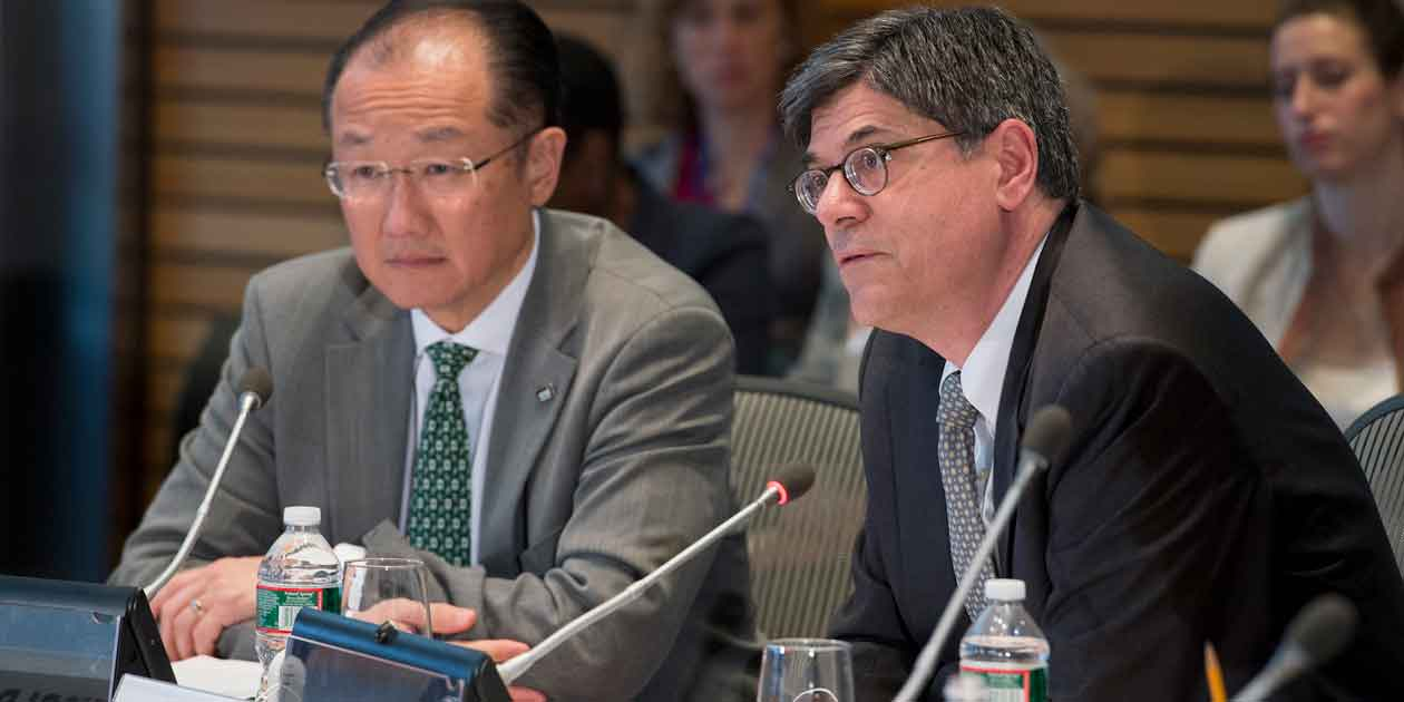 Washington DC., 2013 World Bank / IMF Spring Meetings. World Bank Group President Jim Yong Kim and U.S. Treasury Secretary Jack Lew.