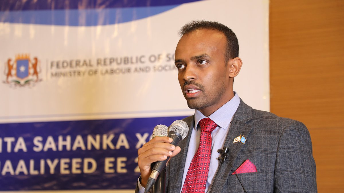 Sharmarke Farah, Director-General of the Somalia National Bureau of Statistics, speaks in Mogadishu at the launch of the 2019 Labour Force Survey in Somalia. Photo by Somali National Bureau of Statistics, used with permission.