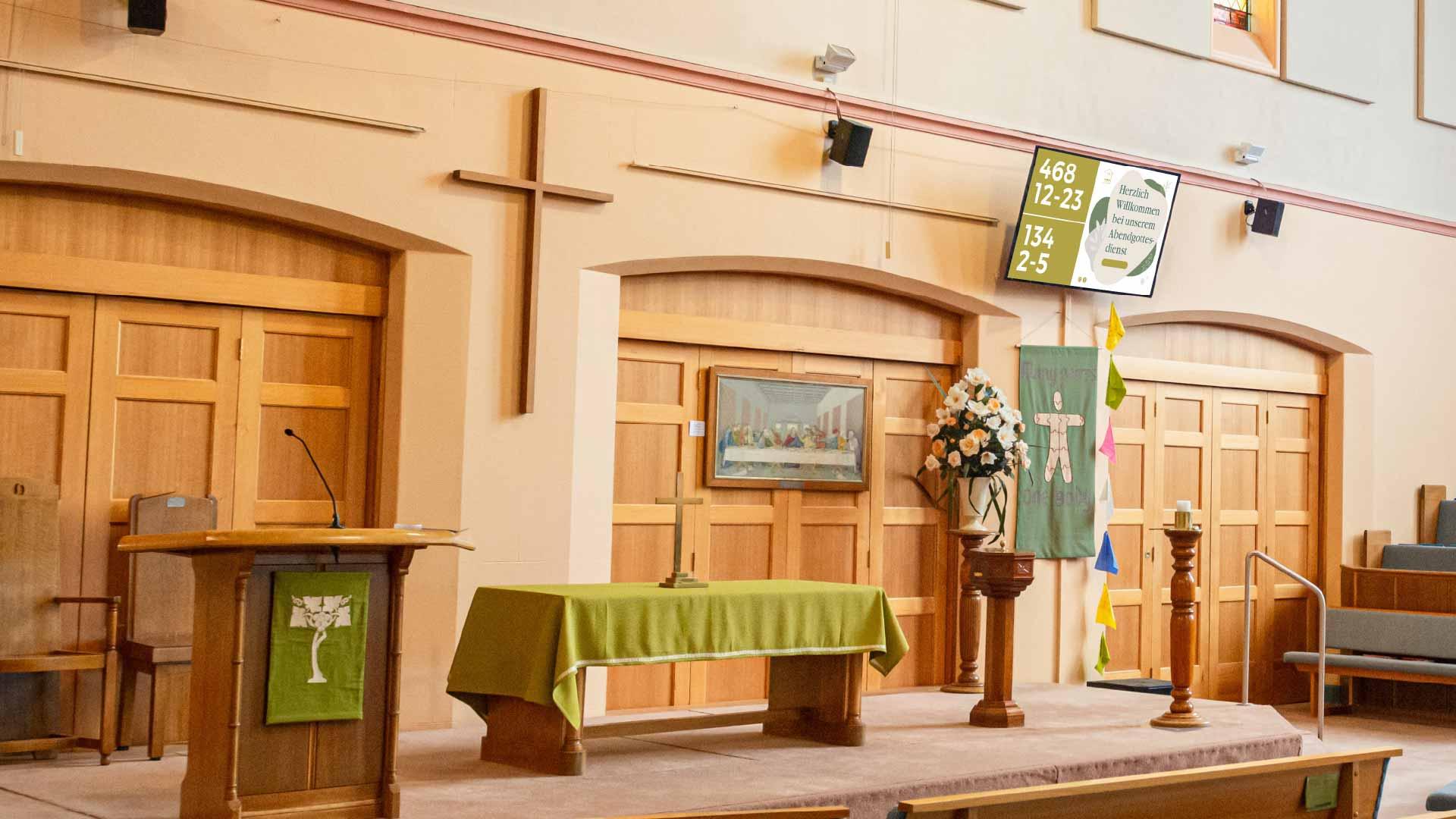 Digital Signage Liedanzeige in einer Kirche